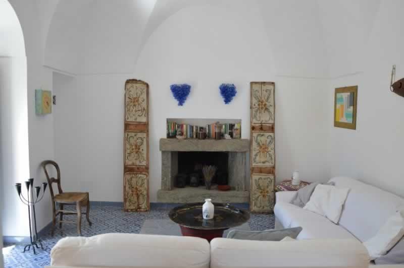 Salotto con camino - Dammuso Ettore & Giulia Pantelleria