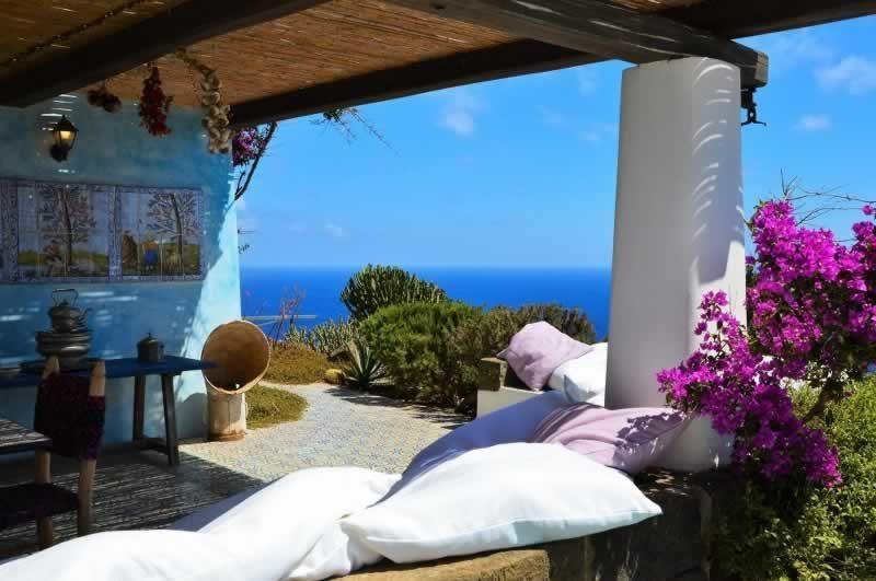 Terrazzo con vista - Dammuso Ettore & Giulia Pantelleria
